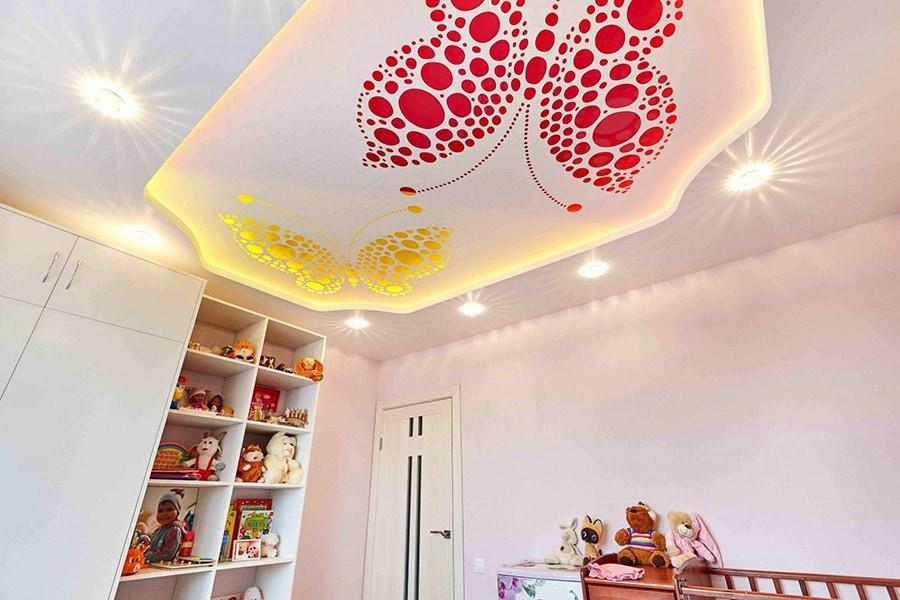 Резные +двухуровневый потолок в детской 20 м2 цены