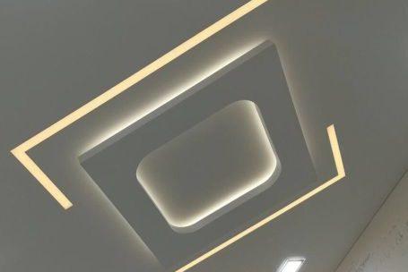 Цены натяжных потолков световые линии