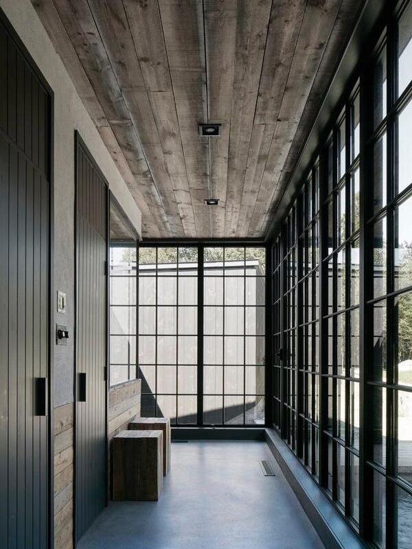 Натяжные потолки в стиле лофт 7