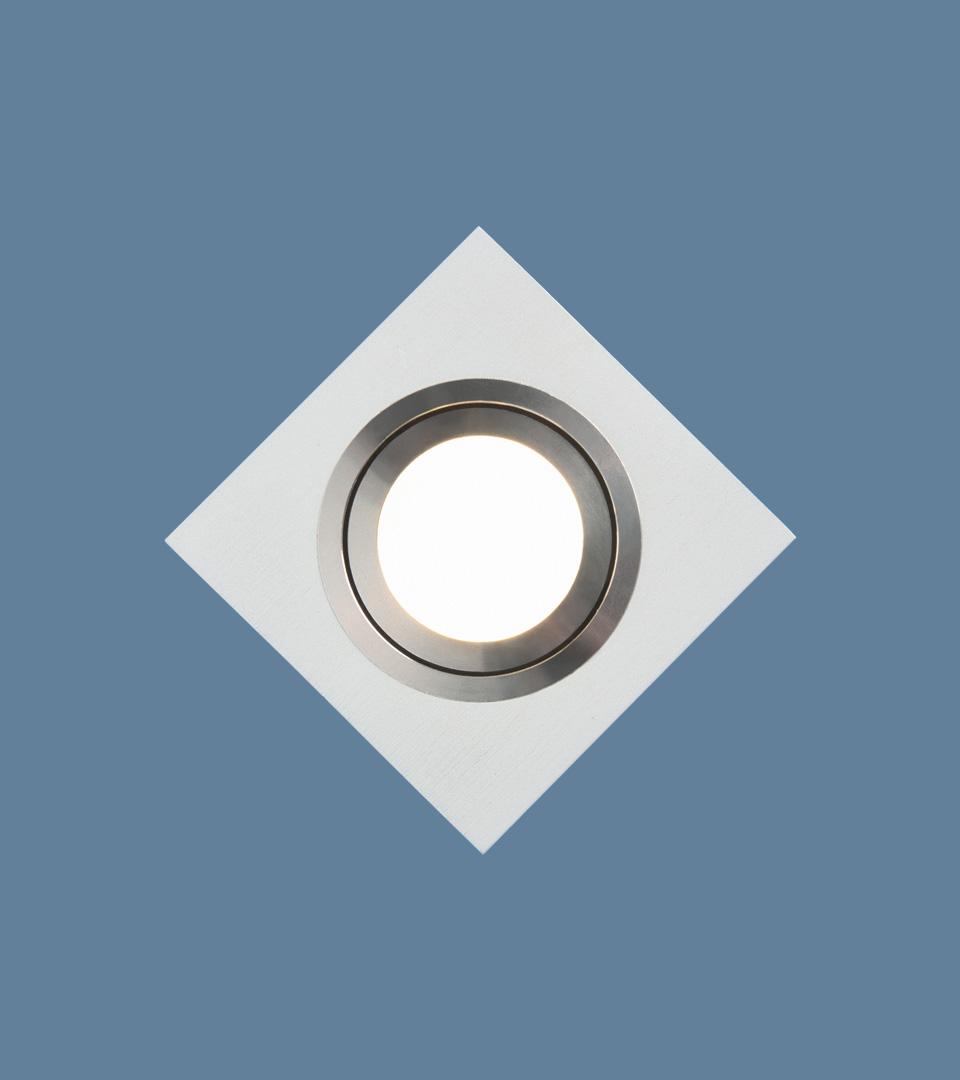 Точечный светильник поворотный 1051/1 WH белый 4