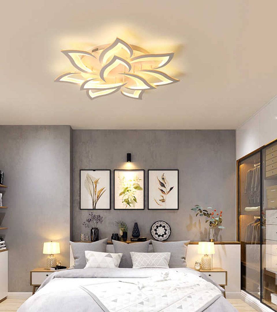 Сатиновый натяжной потолок в спальной 17 м2 1